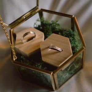 Porte-alliances pour un mariage élégant et chic