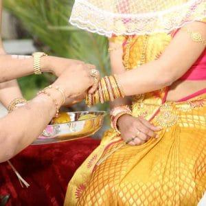 Bracelets indiens en or pour mariage hindou