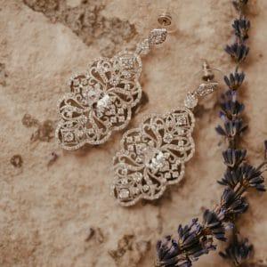 Boucles d'oreille en diamant pour mariée indienne