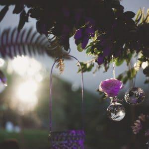 Eclairage de fin de soirée lors d'un mariage chic