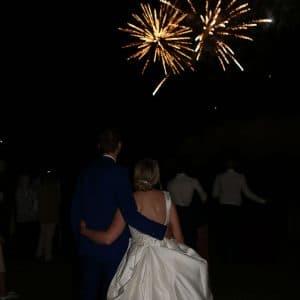 Feu d'artifice pour soirée de mariage mémorable
