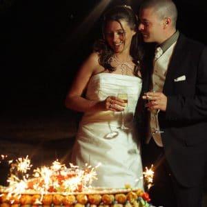 Gâteau de mariage avec scintillants