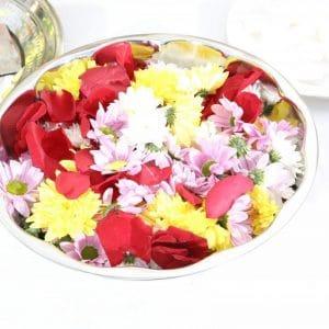 Coupelle de fleurs fraiches pour cérémonie indienne