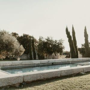 Piscine sur lieu de mariage en Provence