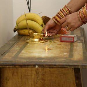 Prière avant cérémonie indienne