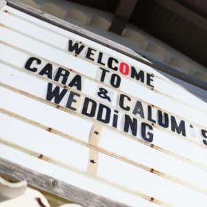 Panneau de bienvenue pour un mariage cool