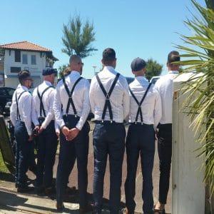 Bretelles de témoins bleu marine