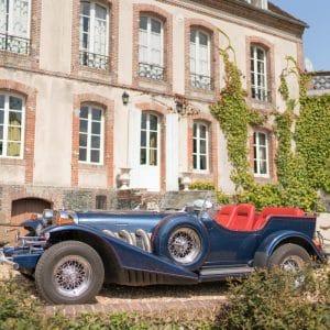 Voiture à traction lors d'un mariage en Normandie