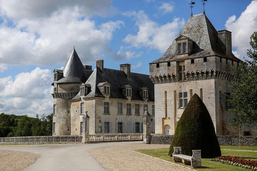 Se marier dans un château de princesse en Charentes
