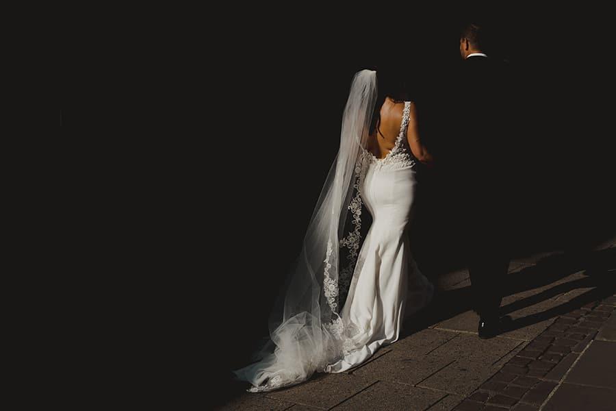 Mariage américain dans les rues de Strasbourg